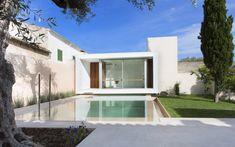 Gallery of Swimming Pool and Studio / Joan Miquel Segui + Tono Vila - 11