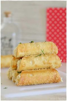 Canapes Recipes, Appetizers, Deli Food, Party Finger Foods, Latin Food, Hot Dog Buns, Yummy Treats, Food To Make, Cupcake Cakes