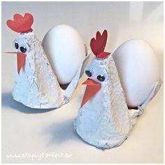 Påskpyssel - höna av äggkartong med ägg.