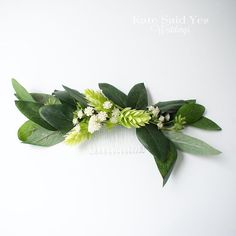 Lush and green - love this eucalyptus and hops bridal hair comb by Kate Said Yes Weddings!  #hops #hair #bridalhair #haircomb #weddinghair #weddingday #weddingflowers #weddings #bridal #weddingdecor #weddingideas #weddinginspiration #instawedding #bride # Bridal Comb, Hair Comb Wedding, Bridal Hair, Peonies Bouquet, Rose Bouquet, Wedding Schedule, Rustic Garden Wedding, Silk Wedding Bouquets, Wedding Flowers