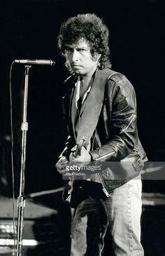 Sep 22,1985 Bob Dylan at Farm Aid