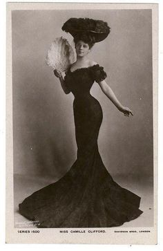 THE Mrs Camille Clifford, Belgian-born actress (making her the 11th most famous non-fictional person to come out of Belgium, just above Stijn) is famous for being the ideal personification of the Gibson Girl, and essentially Charles Dana Gibson's ideal woman. Note the piled high hair, the sway back and the teeny (18 inch!) waist.