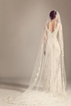 Exquisita y bellísima es la nueva colección de moda nupcial de Temperley London.