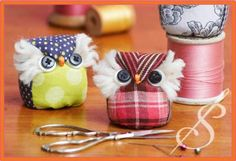 """Items similar to Pattern Pincushion """"It's A Hoot!"""" Owl Pincushion by Sewn into the Fabric *Needlework *Sewing *Sewing Pins *Notions on Etsy Fabric Crafts, Sewing Crafts, Sewing Projects, Cute Stitch, Stocking Pattern, Book Quilt, Doll Maker, Sewing Basics, Pin Cushions"""