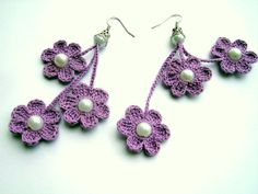 Multiple Flower Crochet Earring ideas here!