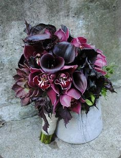 Exquisite deep purple #bouquet by  rebecca shepherd floral design