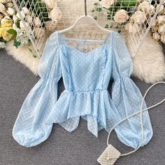 Girls Fashion Clothes, Girl Fashion, Fashion Outfits, Clothes For Women, Crop Top Outfits, Cute Casual Outfits, Fancy Tops, Cute Blouses, Looks Chic