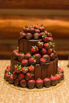 Hochzeitstorten buffet Grooms cake by Sweet Art Wedding Cakes Beautiful Wedding Cakes, Beautiful Cakes, Amazing Cakes, Floral Wedding Cakes, Wedding Cake Designs, Cake Wedding, Wedding Art, Wedding Vows, Wedding Bands