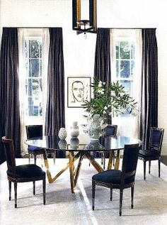 Splendid Sass....Casual dining room