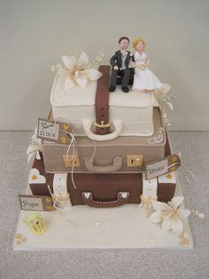 Wedding Cakes Suitcase wedding case                                                                                                                                                      More