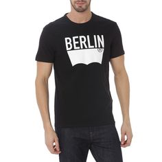 Levi's t-shirt on www.Vente-Exclusive.com
