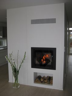 Built in fireplace. Let's minimize as much as possible. It will be stunning and a surprise. Building Exterior, Building A House, My Dream Home, Make It Simple, Pinterest 19, Minimalism, Cornwall, Fireplaces, Wood