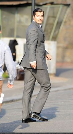 On the set of Man from U.N.C.L.E. - Absolute Henry Cavill News & Information