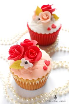Roses for ME? | by Little Cottage Cupcakes