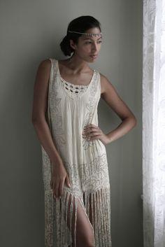 1920 flapper style wedding dress