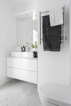 Inspiration and Ideas from Maison Valentina - Marble Ideen Bathroom Toilets, Bathroom Renos, Laundry In Bathroom, White Bathroom, Bathroom Storage, Bathroom Interior, Modern Bathroom, Small Bathroom, Minimal Bathroom