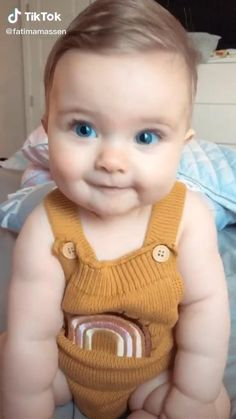 Cute Funny Baby Videos, Funny Baby Memes, Cute Funny Babies, Cute Kids, Funny Kids, Cute Little Baby Girl, Cute Baby Girl Pictures, Baby Kind, Ac New Leaf