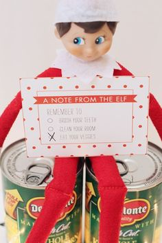 Printable Elf on the Shelf Notes - adorable idea to keep the kiddos motivated to be on best behavior! A fun family Christmas tradition!