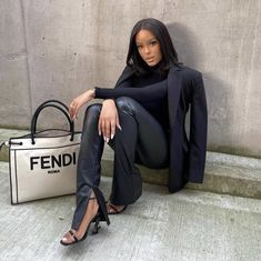 Mean Girls Outfits, Mode Outfits, Classy Outfits, Fashion Outfits, Women's Fashion, Bougie Black Girl, Black Girl Aesthetic, All Black Outfit, Black Girl Fashion