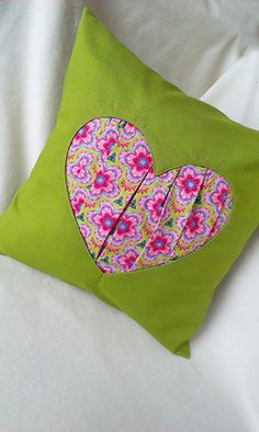 párna varrás  sew a pillow! Tutorial with detailed pictures.