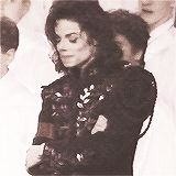 miss-you-michael-jackson:  OH MY GOD!!!! TOO SEXY!!!! *o*