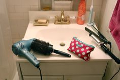 Collapsable bathroom countertop for $4. - Album on Imgur
