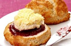 Gluten-free scones - Enjoy afternoon tea with these tasty scones. And if you find it tricky rolling out crumbly gluten-free flour mixture, use an ice-cream scoop! Gluten Free Scones, Gluten Free Baking, Healthy Baking, Gluten Free Recipes Uk, Tea Recipes, Baking Recipes, Dessert Recipes, Desserts, Fodmap Recipes