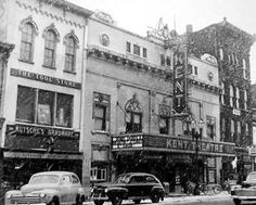 Kent Theater, 322 Monroe (now the City of GR Administration building) - c. 1945