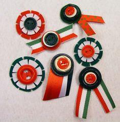 GOMBVILÁG: Rendhagyó kokárdák Republic Day, Independence Day, Washer Necklace, Craft Projects, Felt, Create, Activity Ideas, Hungary, Galleries