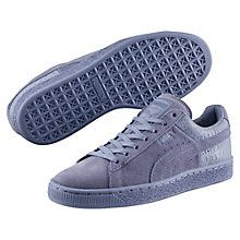 Meet the Suede. It's been kicking around for a long time. From '60s basketball warm-up shoe to '90s hip-hop kick, it's been worn by greats across generations and made its mark on a range of different scenes. All smooth suede, streetwise swagger, and sport-inspired style, it remains to this day PUMA's most epic sneaker icon. This version features monochrome coloring and a striking material combination.  Features   Suede upper with leather at the back of the shoe…