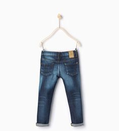 Topstitched jeans with pocket