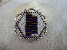 Grande anello bianco blu e oro. Forma esagonale. Molto grande. Vetro di Murano originale tagliato a mano e vetro Cecoslovacco di Frammentidicolore su Etsy