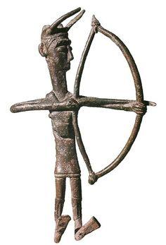 Museo archeologico nazionale di Cagliari: modellino di arciere nuragico in bronzo - Giganti di Mont'e Prama
