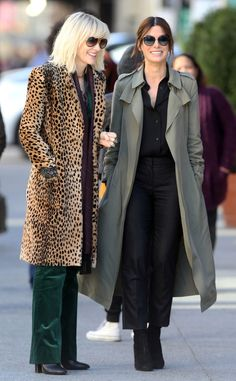 Cate Blanchett & Sandra Bullock from The Big Picture: Today's Hot Pics Cool co-stars! The pair is spotted filming Oceans Eight in New York City.