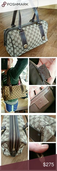 """Gucci Brown Charmy Boston Bag, Medium Sold! ✈✈ In good used condition and 100% authentic.  Measurements approx11.5""""X 7"""" X 4"""" strap drop is approx 9"""". Some slight signs of wear to the corners as shown in the third picture.  Serial number is 152457491403. Gold hardware. Inside is in pristine condition!    No dust bag. No trades. I do not discuss prices in the comment box. Gucci Bags"""