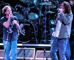 Eddie Vedder & Chris Cornell love <3 these two guys voices are unbelievably beautiful
