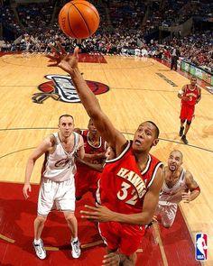 Boris Diaw Boris Diaw, Atlanta Hawks, Nba, Basketball Court, Sports, Ohio, Hs Sports, Columbus Ohio, Sport