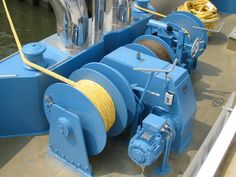 Electric drum winch from Ellsen with reasonable price and works efficiently and reliably: http://ellsenmarinewinches.com/drum-winches-for-boats/.