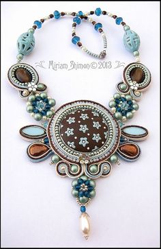 Soutache necklace in Blue, cream and Bronze | Flickr: Intercambio de fotos