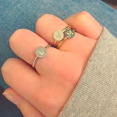 Love these rings by @minitials ( My sister Marloes's jewelry brand with her business partner Marshia)