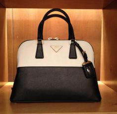 Prada #bag #woman #blackwhite #FallWinter #collection