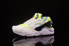 """Nike Air Zoom Pegasus 92 + Air Huarache """"Volt"""" Pack"""