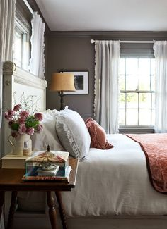 A 1924 Colonial Revival Filled With Charm and Thrift-Store Finds - The Nordroom Colonial Bedroom, Colonial Home Decor, Country Home Magazine, Historic Homes, Living Room Sofa, Bedroom Decor, Bedroom Ideas, Master Bedroom, Cozy Bedroom