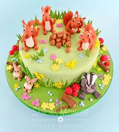 Spring Woodland Cake with squirrels and their nuts, badger, rabbits!