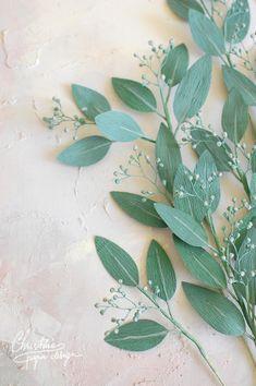 Paper Flower Art, Paper Flowers Craft, Flower Crafts, Diy Flowers, Fabric Flowers, Types Of Flower Arrangement, Diy Paper, Paper Crafts, Crepe Paper Flowers Tutorial