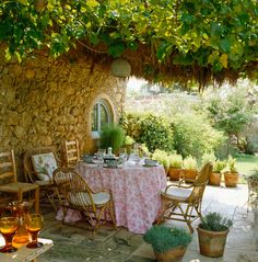love the look of the vines creating a roof over the outdoor dining area with pots of herbs around Outdoor Rooms, Outdoor Dining, Outdoor Gardens, Outdoor Furniture Sets, Outdoor Decor, Outdoor Patios, Outdoor Kitchens, Dream Garden, Home And Garden