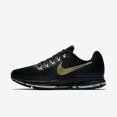 Products engineered for peak performance in competition, training, and life. Shop the latest innovation at Nike.com. Mens Nike Air, Nike Air Max, Running Shoes For Men, Nike Running, Athletic Gear, Black Nikes, Air Max Sneakers, All Black Sneakers, Sneakers Nike