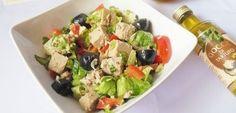 10 retete de salate care ne ajuta sa slabim Sushi, Fruit Salad, Potato Salad, Avocado, Salads, Deserts, Food And Drink, Potatoes, Cooking Recipes