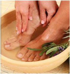 Napravite efikasnu kupku za stopala i eliminišite umor, bol i prekomerno znojenje
