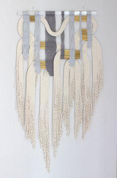 Makramee-Wandbehang Gry Wht 2 von HIMO Kunst